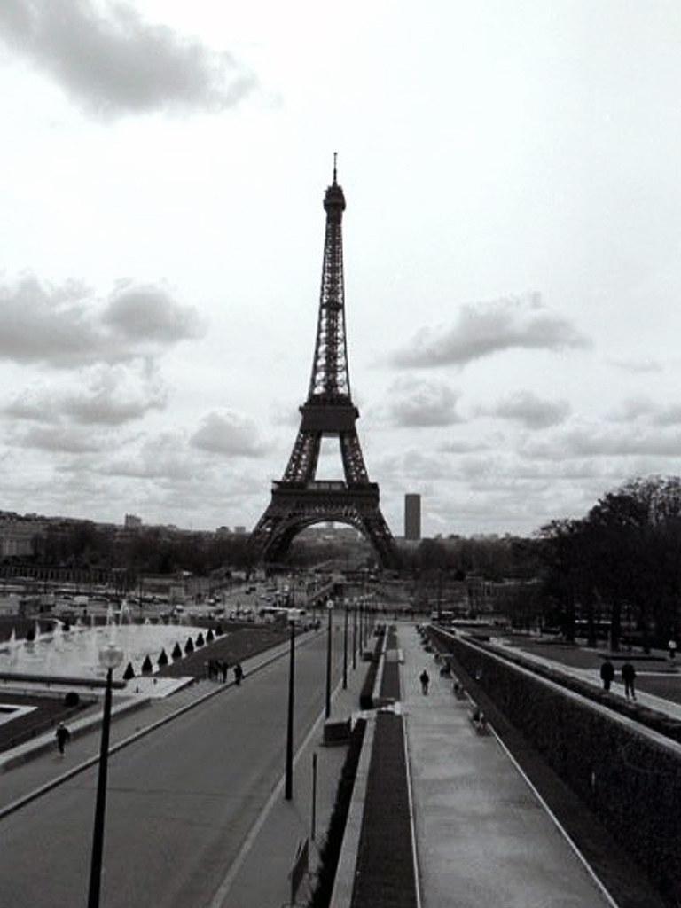 Eiffel Tower: Paris, France