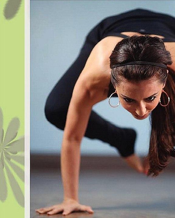 Sonia Azad | Yoga Instructor